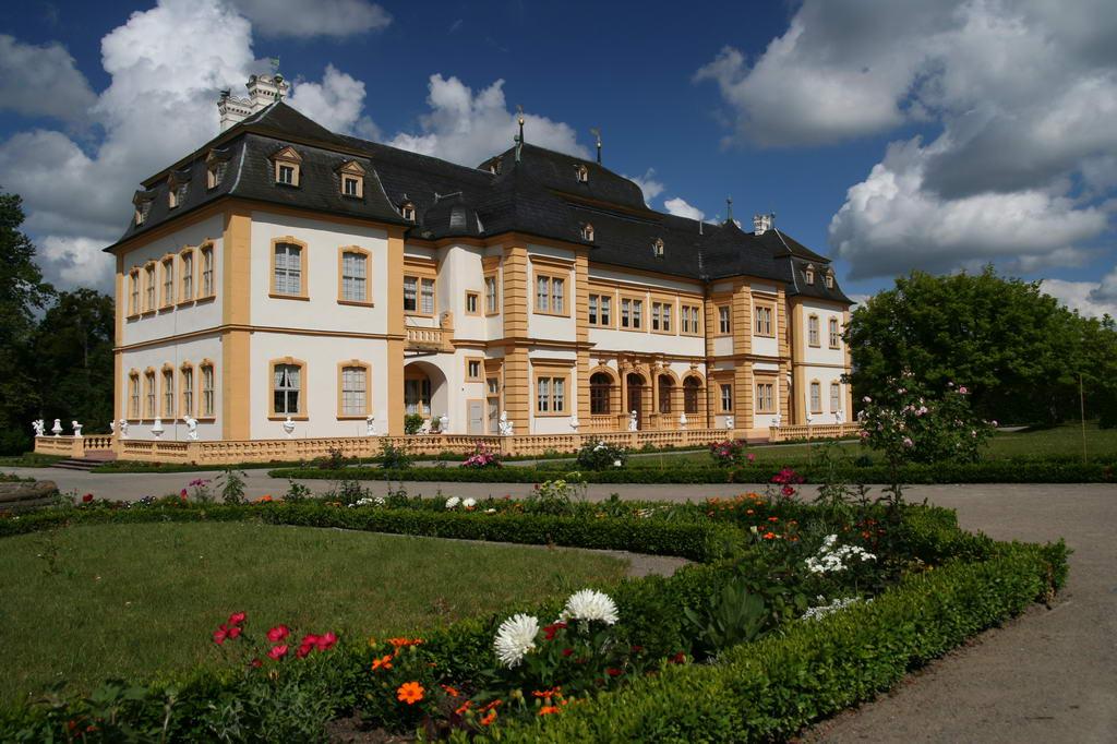 Schloss im Rokokogarten Veitshöchheim